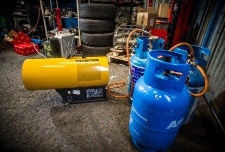 Nagrzewnica gazowa Master BLP 27M + zestaw do sprzęgania butli